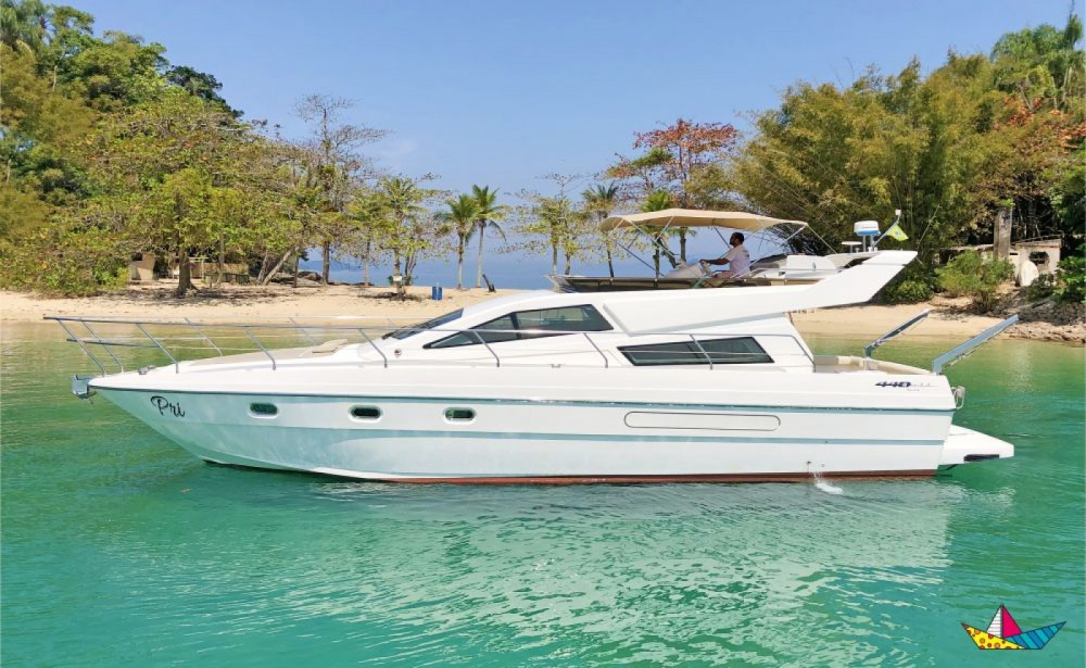 Rental Motorboat in Angra dos Reis - Intermarine 440 Full Gold
