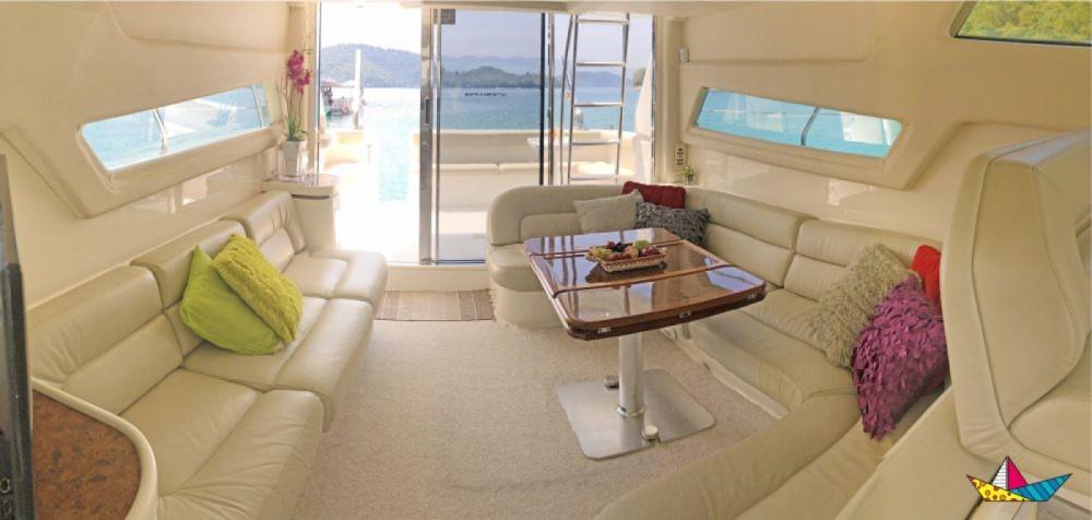 Rental yacht Angra dos Reis - Intermarine 440 Full Gold on SamBoat