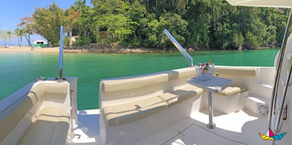 Rental Motorboat Intermarine with a permit