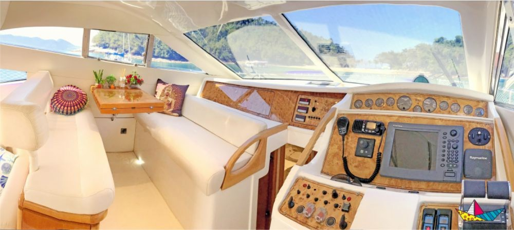 Rental yacht Angra dos Reis - Ferretti 460 Millenium on SamBoat