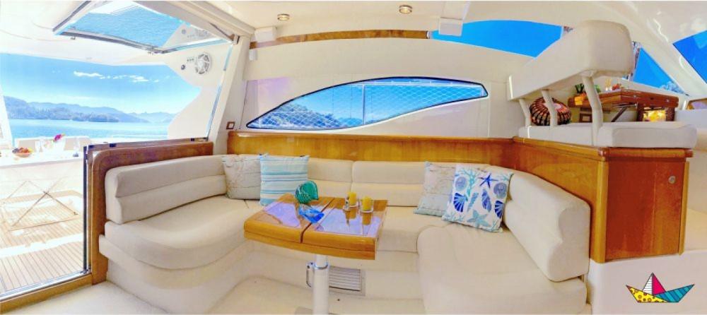 Rental Motorboat in Angra dos Reis - Ferretti 460 Millenium