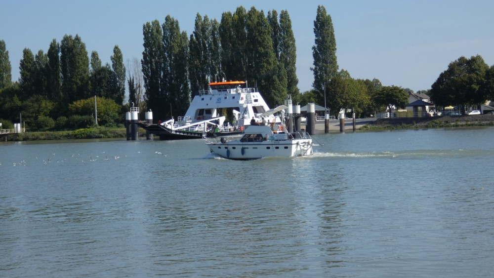 Hire Motor boat with or without skipper Aquanaut Rouen