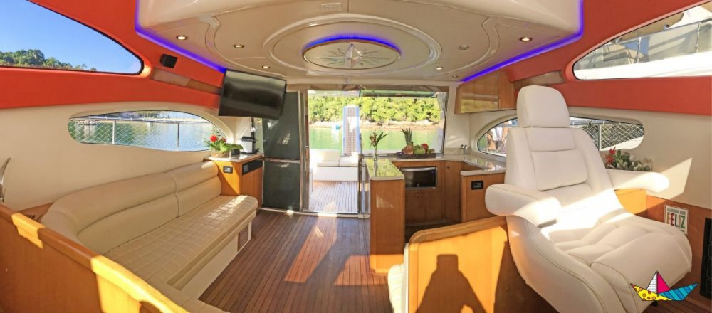 Hire Motorboat with or without skipper Ferretti Angra dos Reis