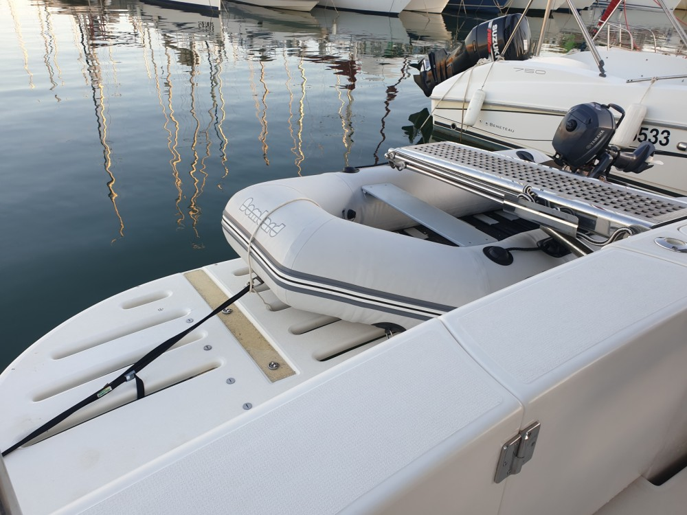 Hire Motorboat with or without skipper Riviera Grimaud