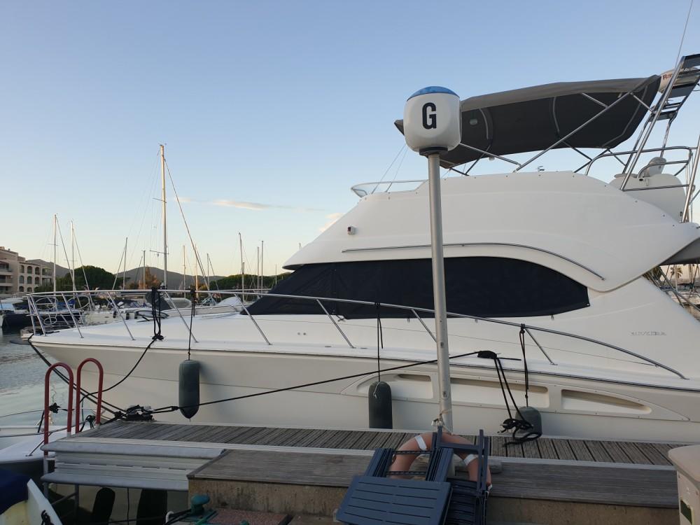 Boat rental Riviera Riviera 48 in Grimaud on Samboat