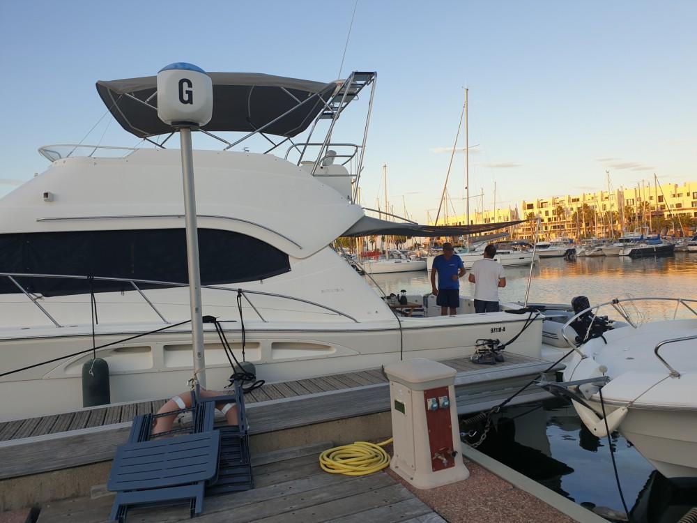 Boat rental Grimaud cheap Riviera 48