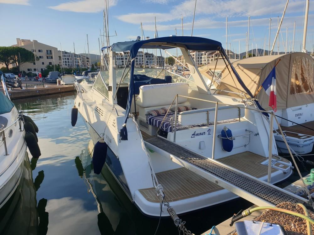 Rental Motorboat in Cogolin - Bénéteau Flyer 8