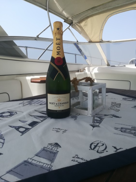 Rental Motorboat in Porto Cesareo - Fiart Genius