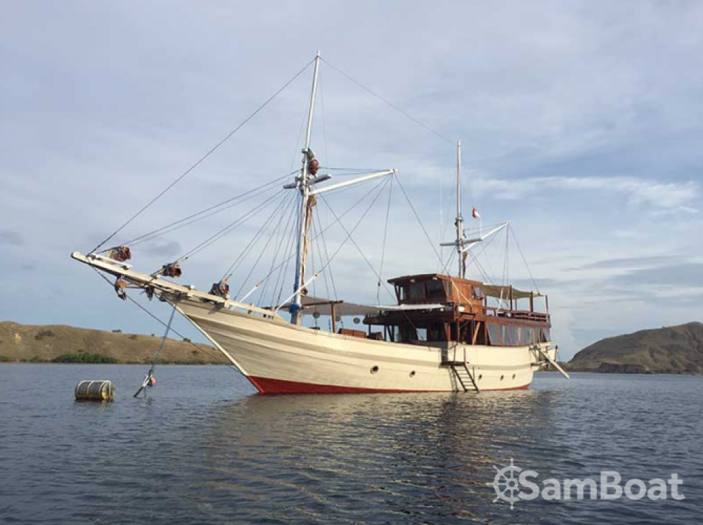 Unique boat between personal and professional Labuan Bajo