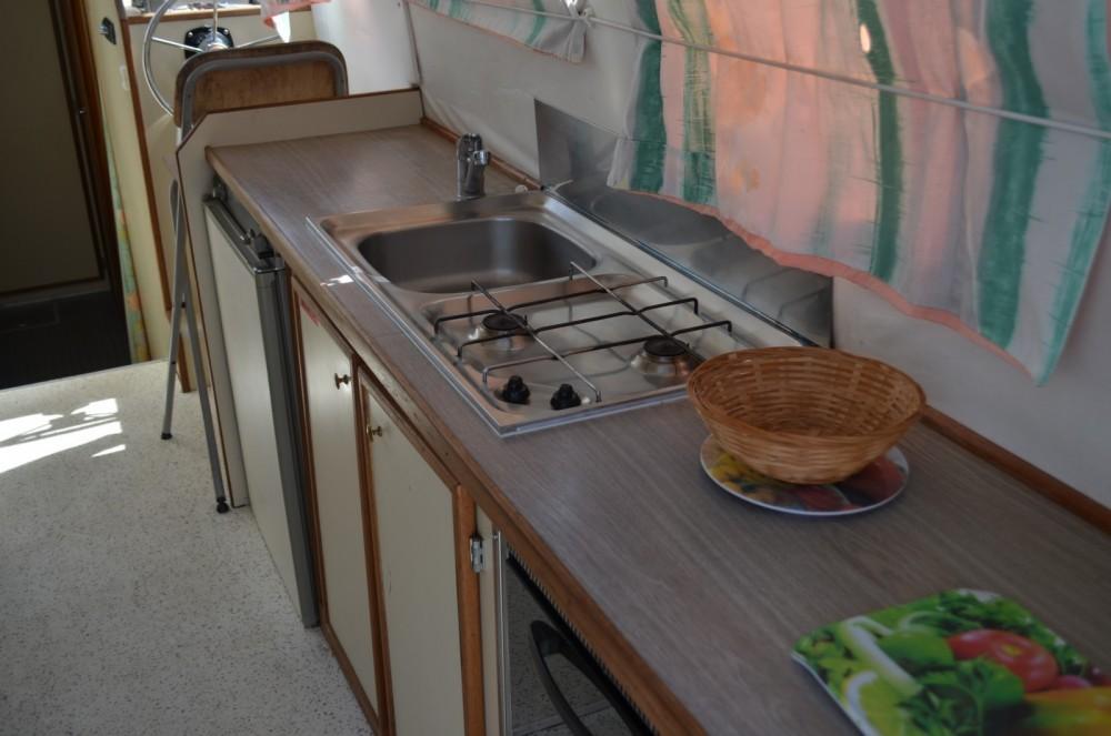 Boat rental Briare cheap Triton 1050