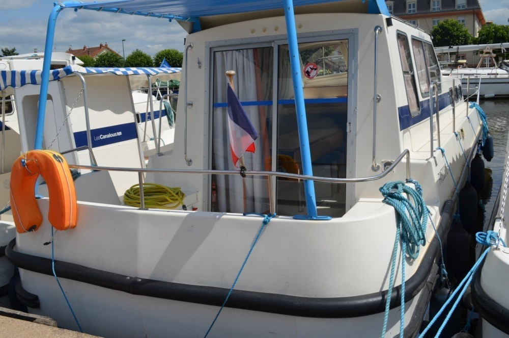 Rental Canal boat in Cognac - Les Canalous Triton 1050