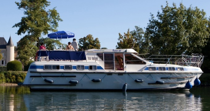 Rental yacht Carcassonne - Les Canalous Tarpon 42 on SamBoat