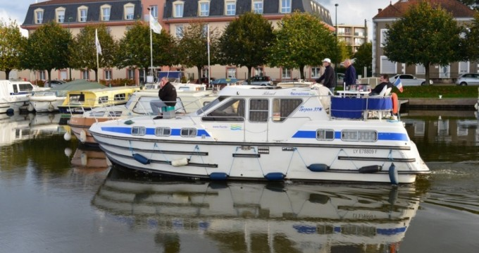 Les Canalous Tarpon 37 between personal and professional Languimberg