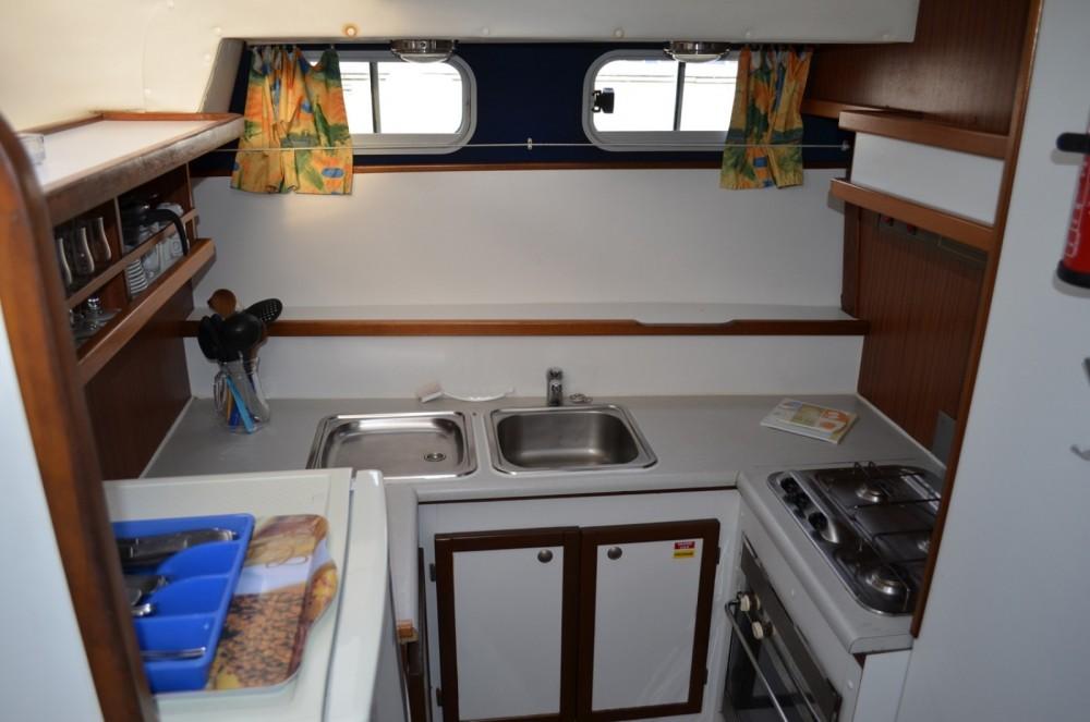 Boat rental Les Canalous Tarpon 37 in Carcassonne on Samboat