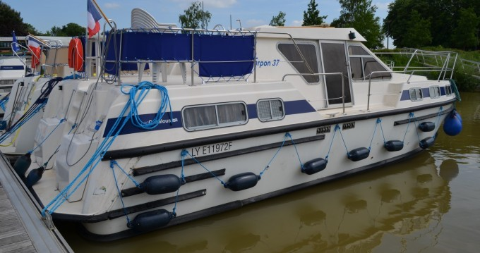 Rent a Les Canalous Tarpon 37 Pontailler-sur-Saône