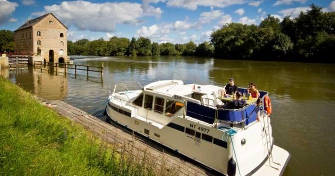 Rental yacht Languimberg - Les Canalous Tarpon 32 on SamBoat