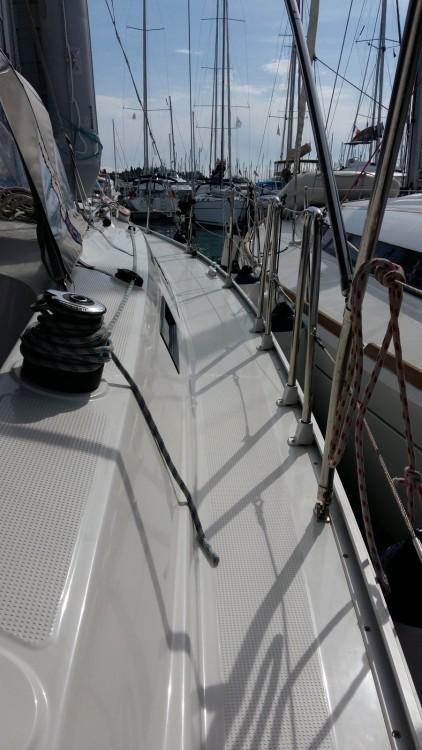 Rental Sailboat in Gouvia - Bavaria Cruiser 37