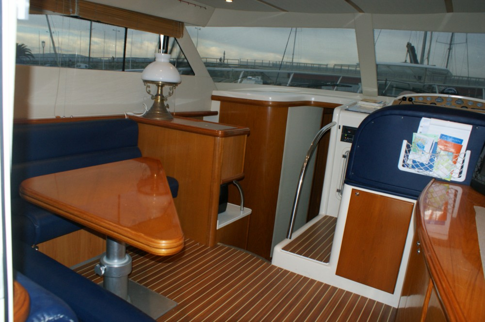 Boat rental Rodman Rodman 1250 Fisher Pro in Frontignan on Samboat