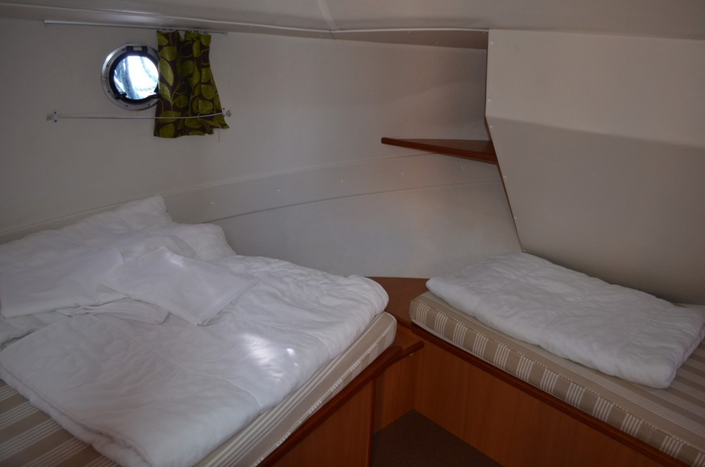 Rental Canal boat in Agde - Les Canalous Tarpon 32