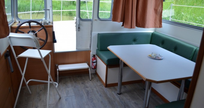 Rental Canal boat in Carnon-Plage - Les Canalous Espade Concept Fly