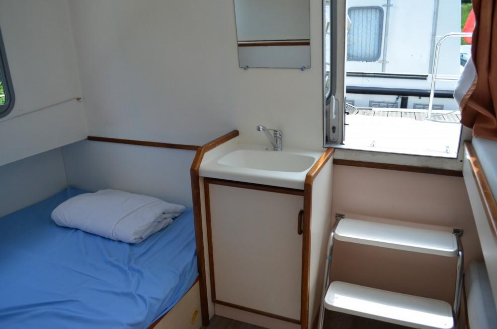 Boat rental Agde cheap Espade Concept Fly