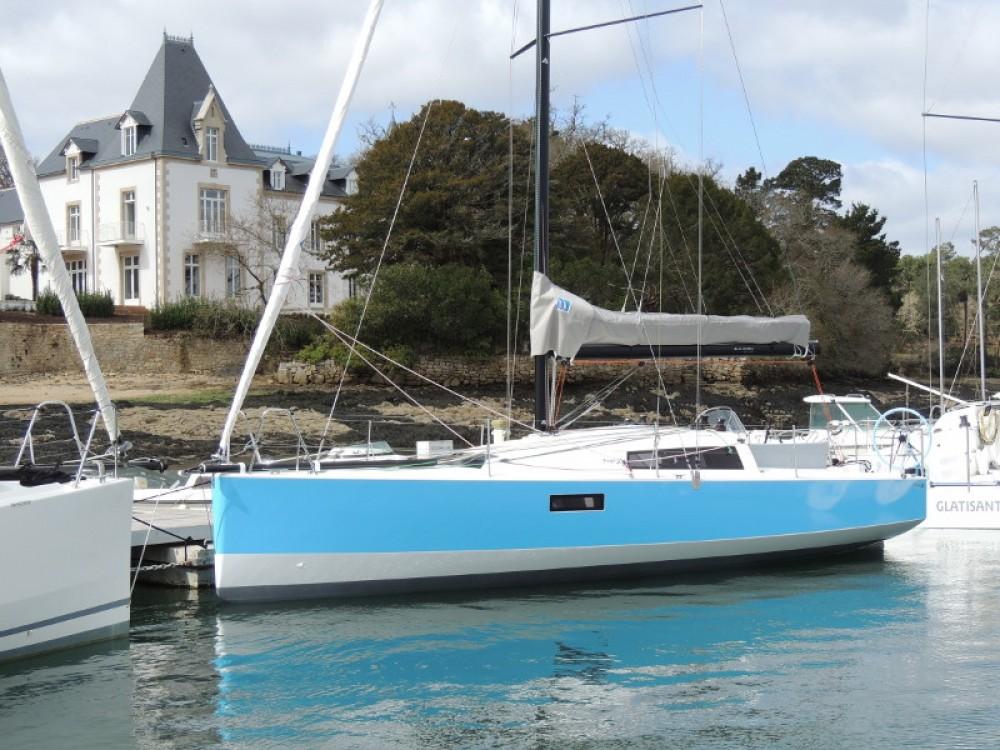 Rental yacht Bormes-les-Mimosas - Pogo Structures Pogo 30 on SamBoat