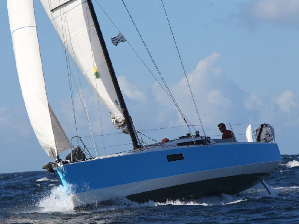 Hire Sailboat with or without skipper Pogo Structures Bormes-les-Mimosas