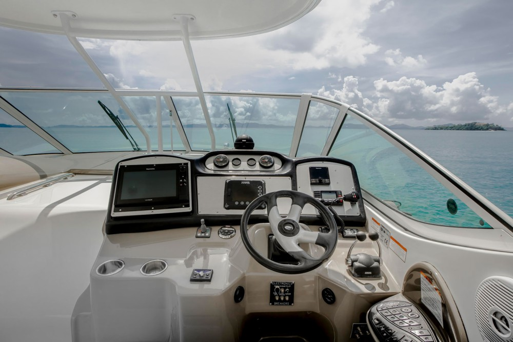 Motorboat for rent Pa Khlok at the best price
