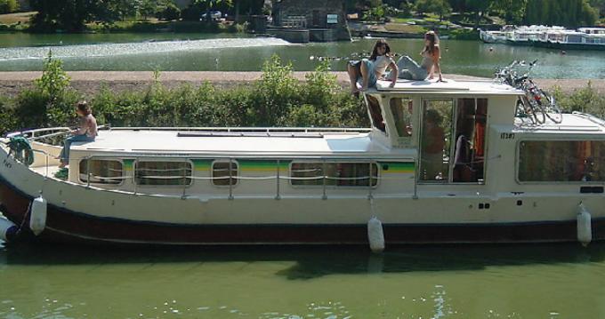 Boat rental Agde cheap Pénichette 1107W