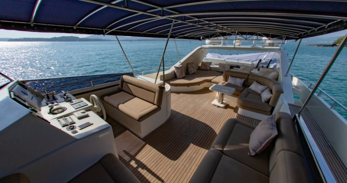 Yacht for rent Ao Chalong at the best price
