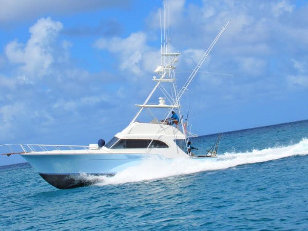 Rental Motorboat Buddy Davis with a permit