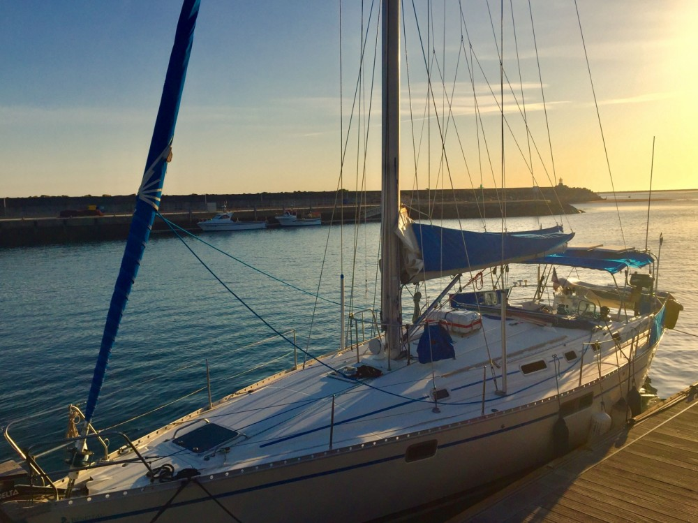 Sailboat for rent Siracusa at the best price