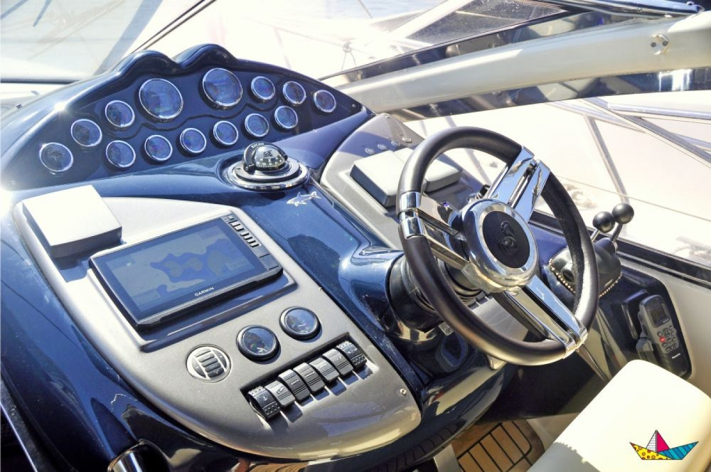 Motorboat for rent Angra dos Reis at the best price