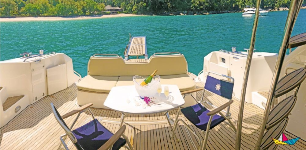 Yacht for rent Angra dos Reis at the best price