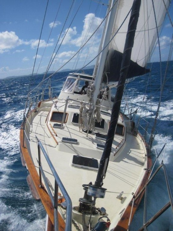 Sailboat for rent US Virgin Islands at the best price