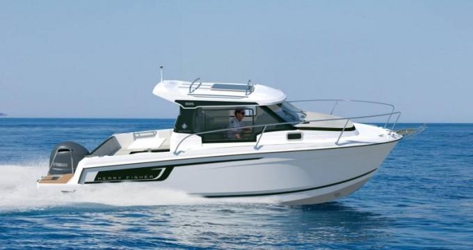 Motorboat for rent Port-Haliguen at the best price