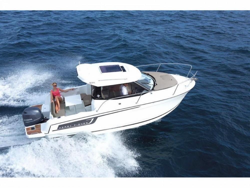 Rental yacht Quiberon - Jeanneau MERRY FISHER 695 série 2 on SamBoat