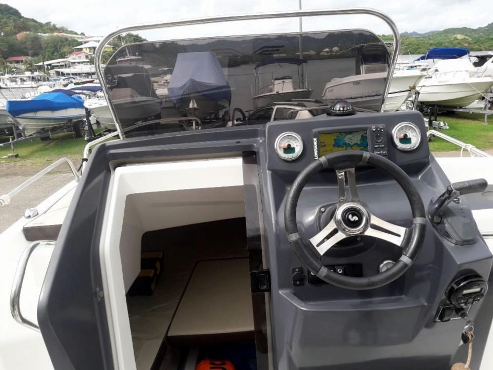 Rental Motorboat in Le Marin - Bénéteau Flyer Serie 6