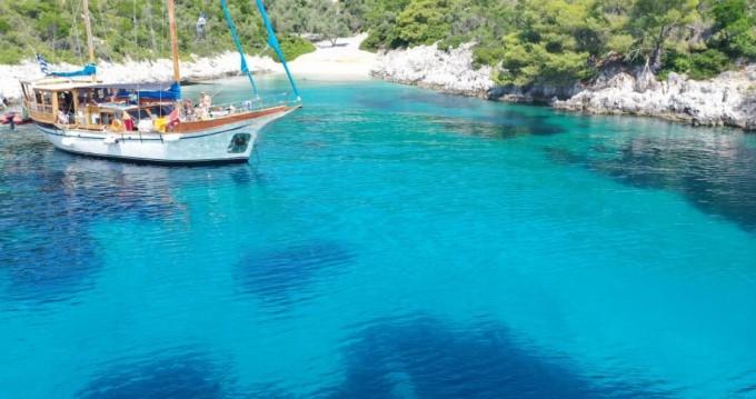 Boat rental Volos cheap Wood Sailing boat 65 fit