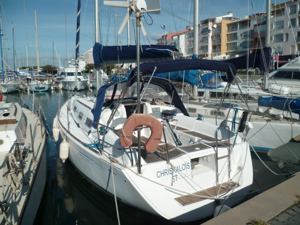 Boat rental Dufour Dufour 325 Grand Large in Agde on Samboat