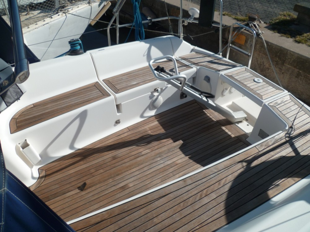 Rental yacht Agde - Dufour Dufour 325 Grand Large on SamBoat