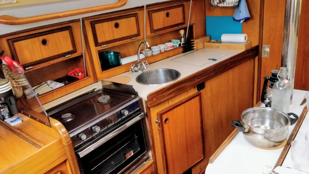 Rental yacht La Grande-Motte - Jeanneau Sun Light 30 on SamBoat