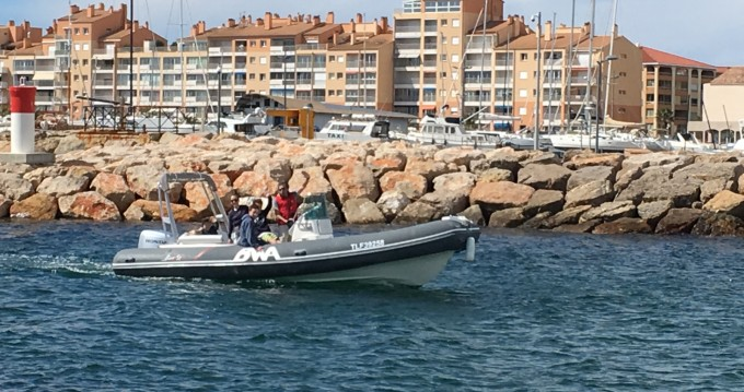 Boat rental Hyères cheap Sport 22 GT