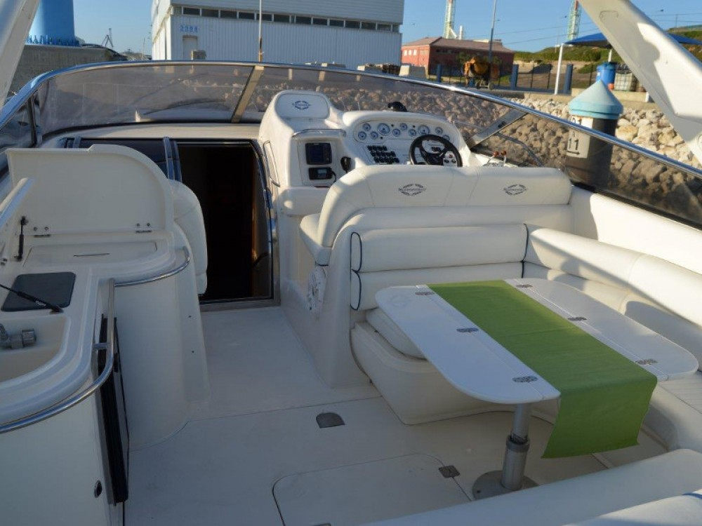 Rental Motorboat in Setúbal - Sunseeker Mustique 42