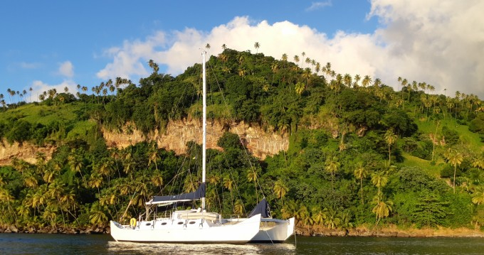 Hire Catamaran with or without skipper Wharram Guadeloupe