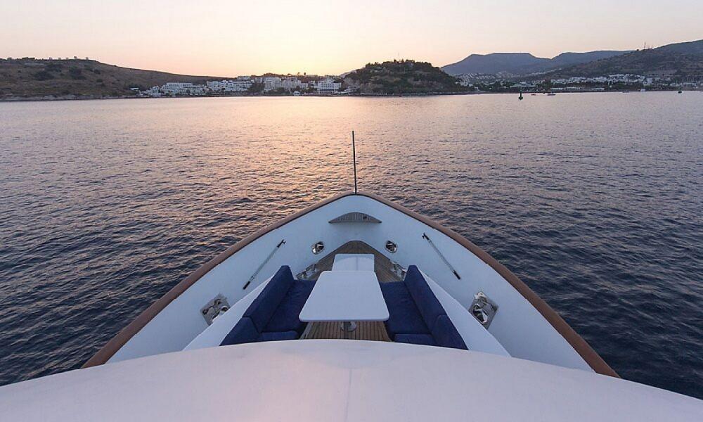 Rental Motor boat in  - Riza Tansu Trawler