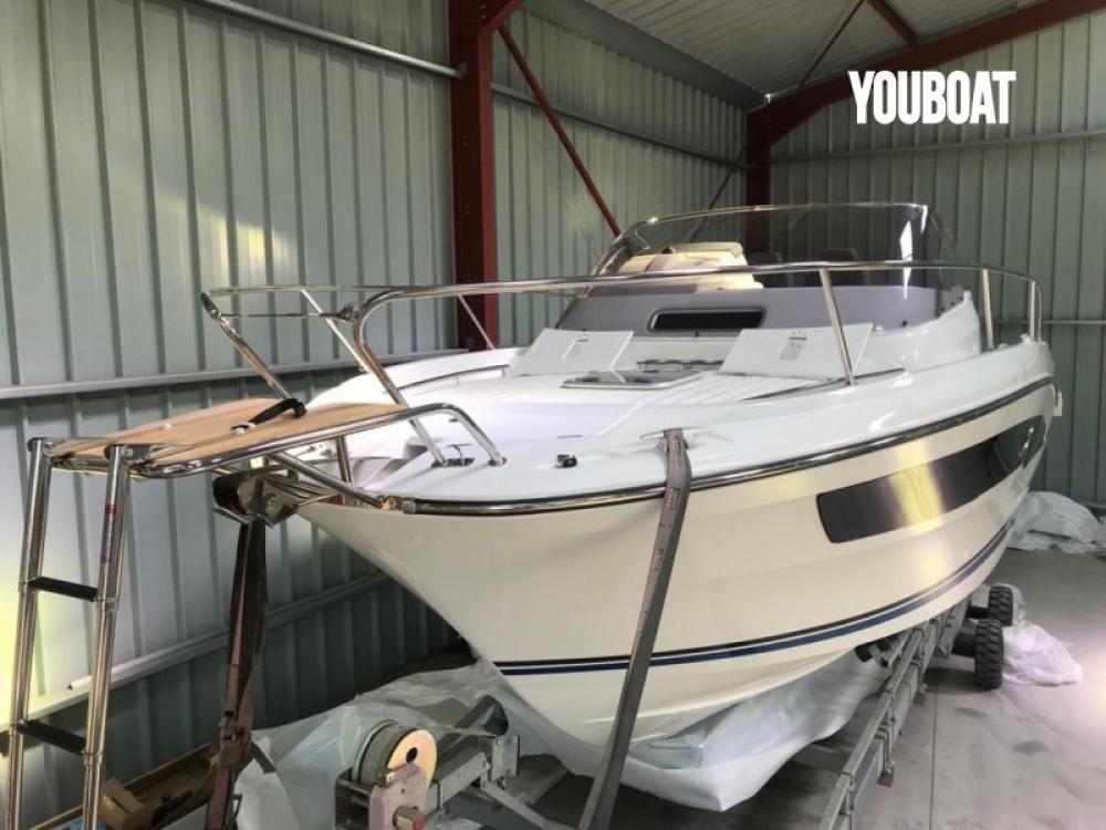 Rental Motor boat in Bastia - Jeanneau Cap Camarat 9.0 WA