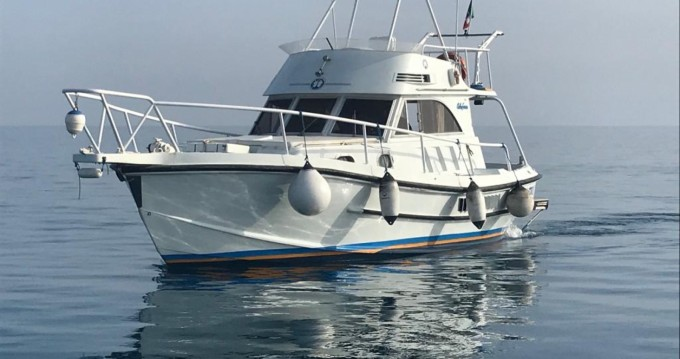Motorboat for rent Province of Agrigento at the best price