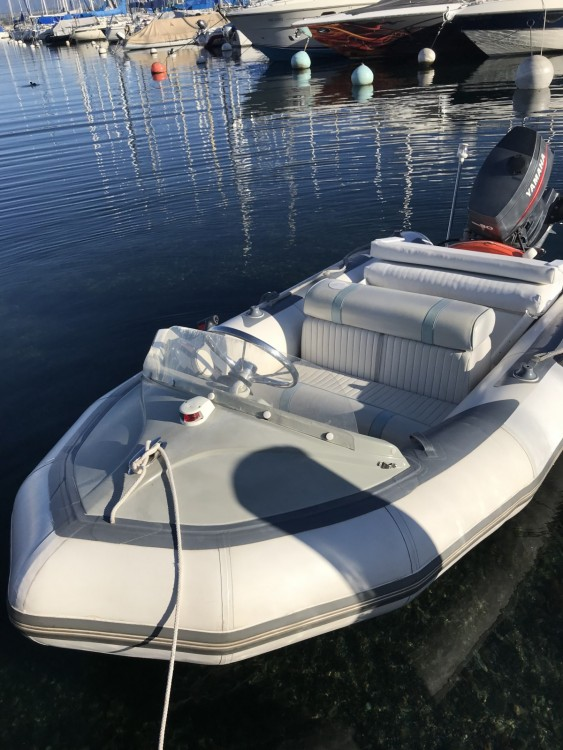 Boat rental Versoix cheap 345