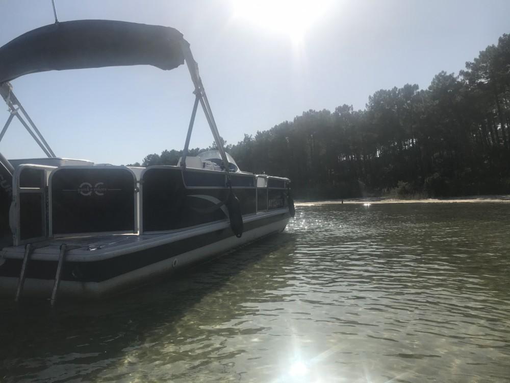 Rental Motor boat in La Teste-de-Buch - HURRICANE FUNDECK